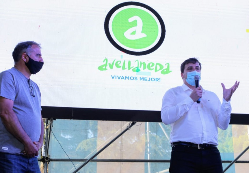 La Comuna entregó subsidios a clubes de barrio de Avellaneda