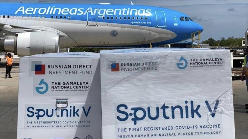 Lleg� el vuelo que trajo de Rusia la segunda tanda de vacunas Sputnik V