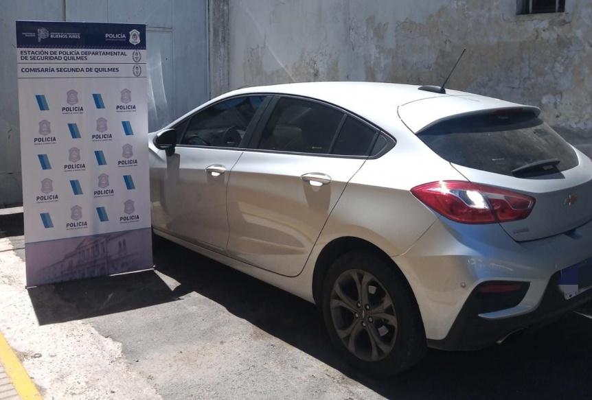 Dos detenidos tras persecución a Villa Itatí por el robo de un auto